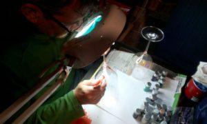 Manuel de Dueñas. Arte en cristal. Copas decoradas a mano de forma artesanal