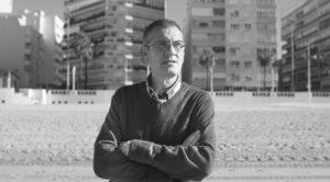 El autor de Arte en Cristal Manuel de Dueñas